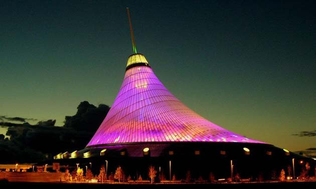 Khan Shatyr, najveći šator na svijetu Khan-Shatyr1