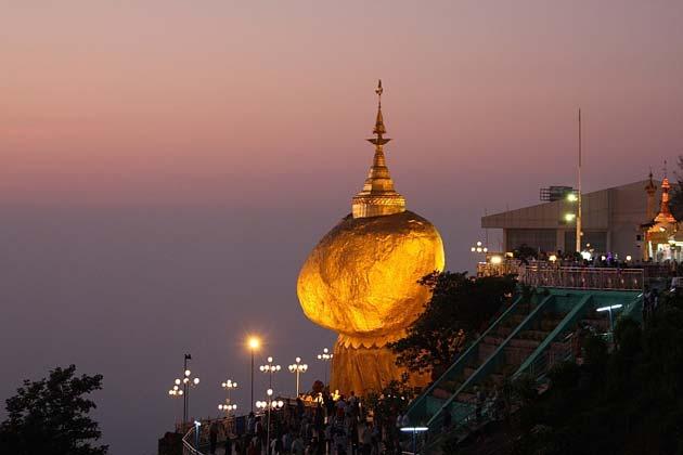 Kyaiktiyo-Pagoda2