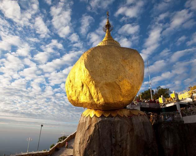 Kyaiktiyo-Pagoda4