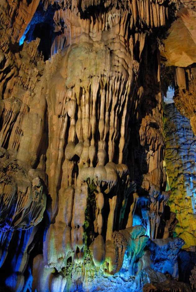 Najzanimljivije  pećine na svijetu - Page 4 Ludi-Yan8