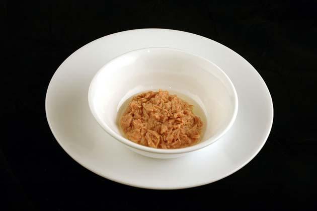 Konzervisana tunjevina u ulju / 102 grama