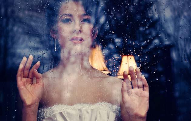 """Poznato je da """"Sezonsko raspoloženje"""" više pogađa žene od muškaraca, iak opravi razlozi još uvijek ostaju neistražena misterija"""
