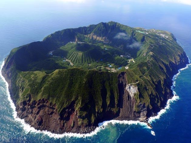 Aogashima-ostrvo1