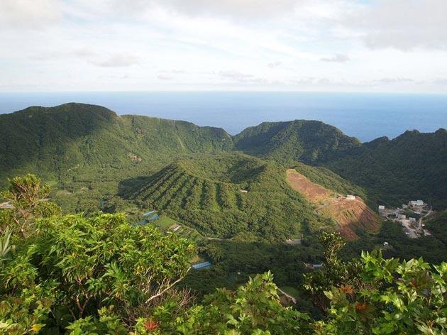 Aogashima-ostrvo2