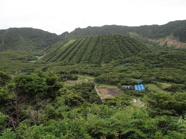 Aogashima-ostrvo3