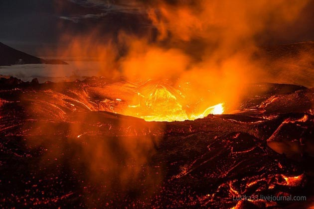 Plosky-Tolbachik-vulkan1