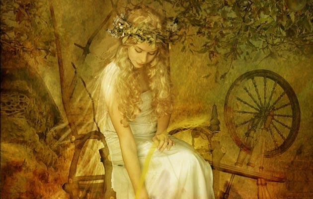 Petak je dobio ime po Friggi, slobodnom duhu, Nordijskoj božici ljubavi i plodnosti. Prema legendi, kada su se germanska plemena preobratila na kršćanstvo Frigga je protjerana u planine i proglašena vješticom. Smatralo se da je Frigga svaki petak sazivala sastanak s jedanaest ostalih vještica, plus vrag – skup od trinaest – i planirala nesretne događaje u narednoj sedmici. Prema nekim istoričarima, ova legenda je možda i početak straha od Petka 13. (S obzirom da je starija od mnogo poznatije verzije sa Vitezovima Templarima)