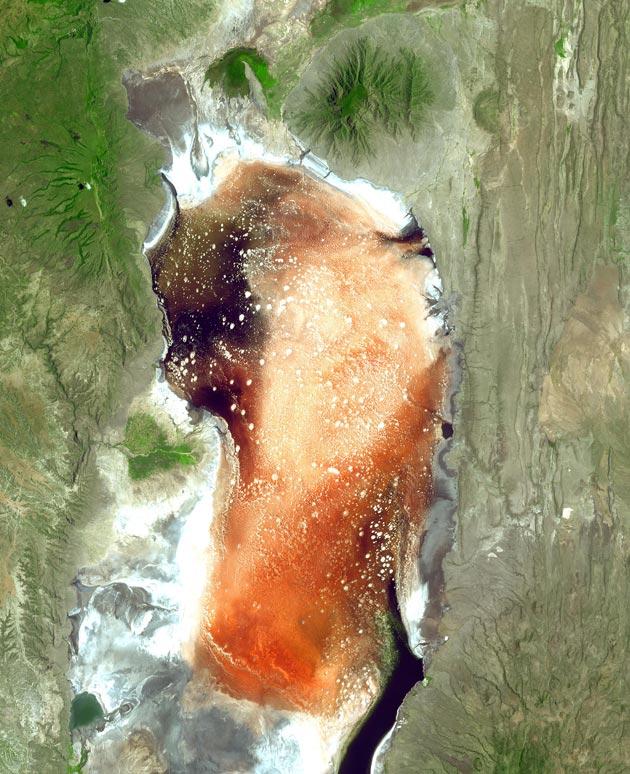 Jezero-Natron-4