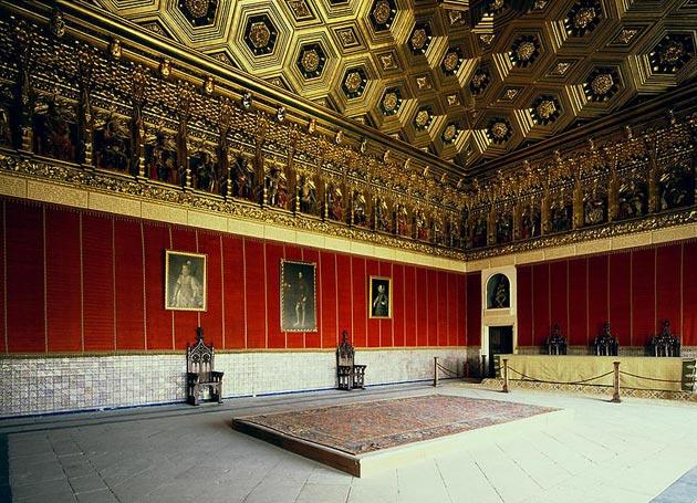 Dvorci koje verovatno nikada nećete posedovati - Page 3 Alcazar-de-Segovia-12