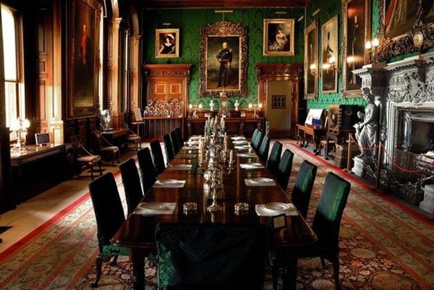 Dvorci koje verovatno nikada nećete posedovati - Page 3 Alnwick-Castle-11
