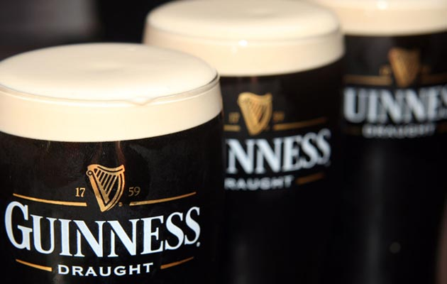 Prema istraživanju kompanije Guinness, svake godine se izgubi oko 93.000 litara pive u bradi i brkovima. I to samo u Velikoj Britaniji.