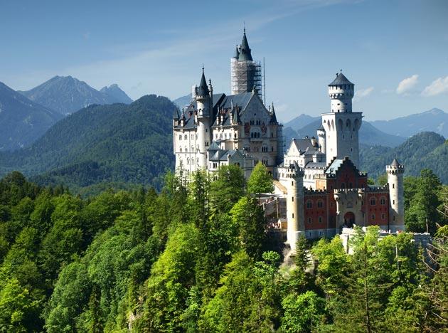 Dvorci koje verovatno nikada nećete posedovati - Page 3 Neuschwanstein-4