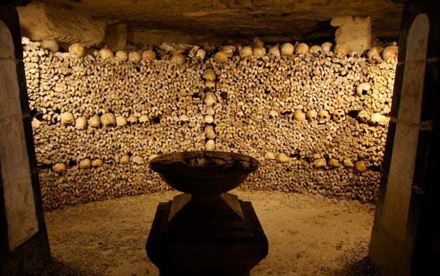 Pariske-katakombe-3