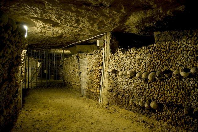 Pariske-katakombe-4