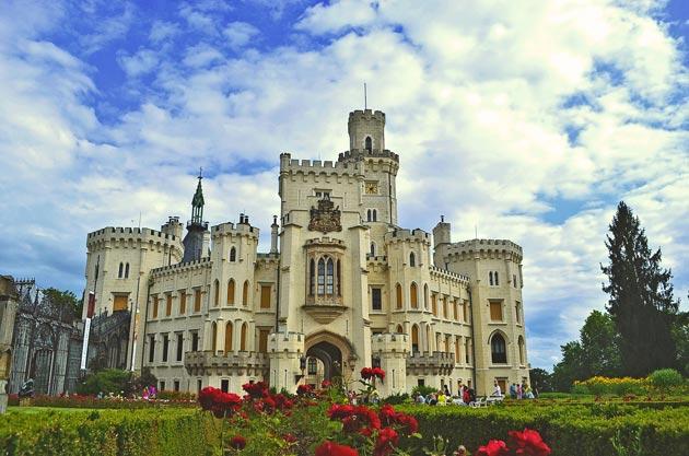 Dvorci koje verovatno nikada nećete posedovati - Page 3 Hluboka-3