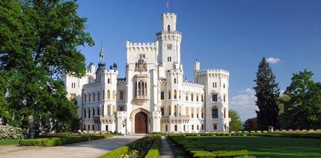 Dvorci koje verovatno nikada nećete posedovati - Page 3 Hluboka