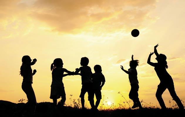 Oko 20% žena i 5-10% muškaraca su priznali da su bili seksualno zlostavljani kao djeca, a 25-50% djece kažu da su bila fizički zlostavljana. (izvor: Ark of Hope for Children, 2013)