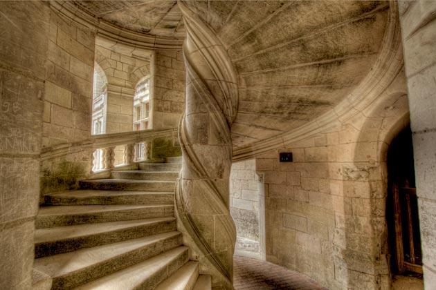 Dvorci koje verovatno nikada nećete posedovati - Page 3 Dvorac-Chambord-10
