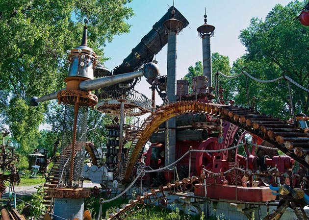 Forevertron-4
