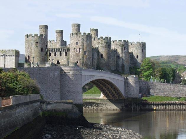 Dvorac-Conwy-2