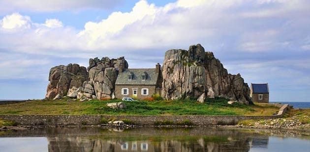 Tradicionalne kuće , jedinstvena gradnja  Castel-Meur-0