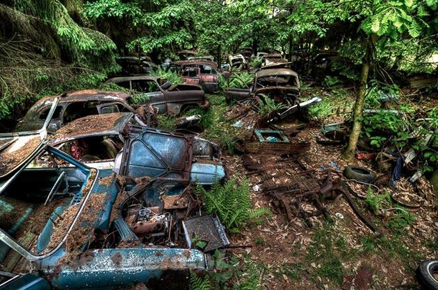 auto-groblje-2