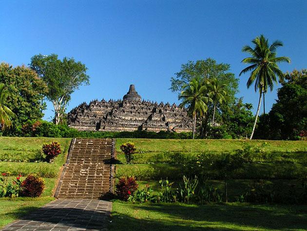 Borobudur-1a