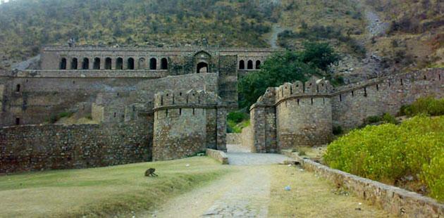 Mistična mesta  Bhangarh