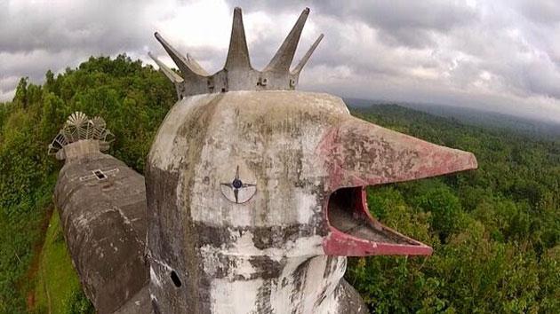 Gereja-Ayam-5