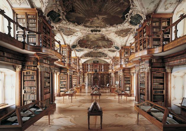 Biblioteka-St-Gallen-1