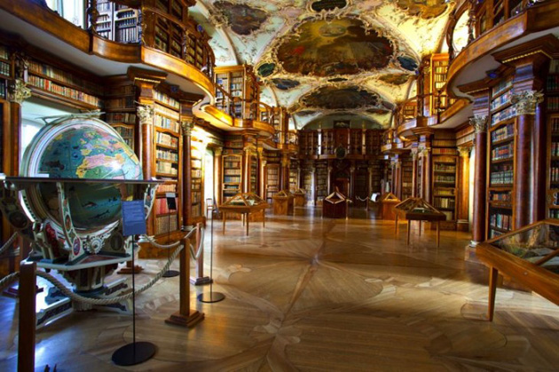 Biblioteka-St-Gallen-3