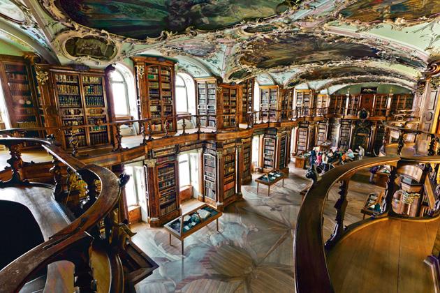 Biblioteka-St-Gallen-8