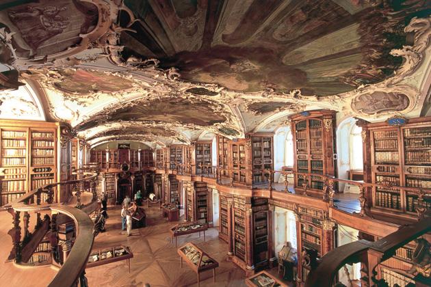 Biblioteka-St-Gallen-9