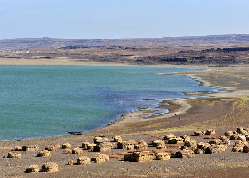 Jezero-Turkana-2