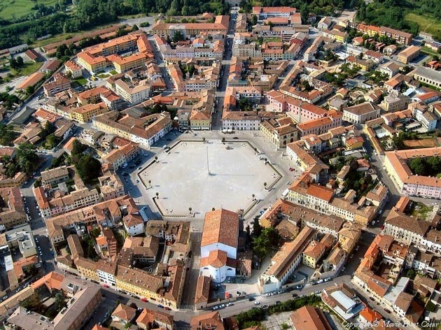 Palmanova: Grad-tvrđava u obliku zvijezde, Italija