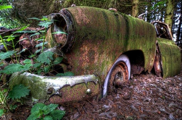 auto-groblje-3