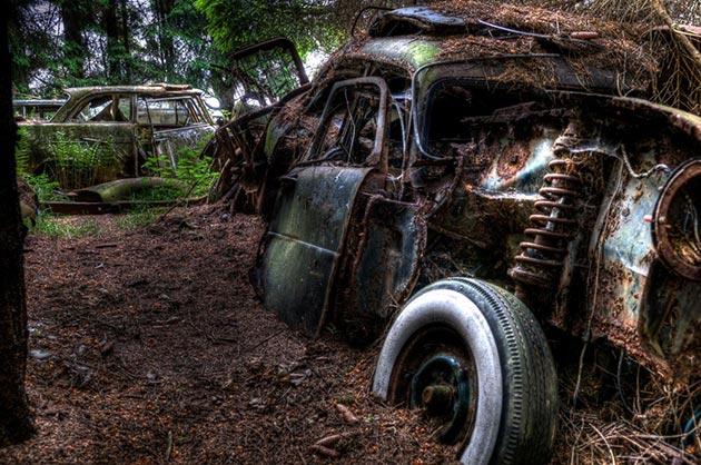 auto-groblje-8