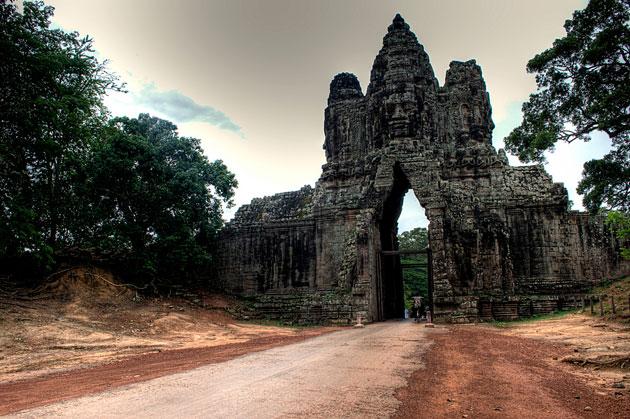 Angkor-Thom-2